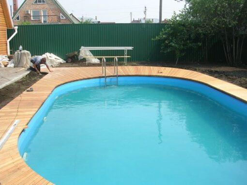 Открытый сборный бассейн на частной даче